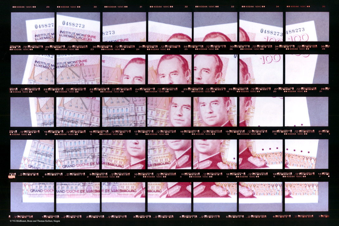 "Thomas Kellner: 22#11.1, 100 Luxembourg Francs, 2000, C-Print, 26,8x17,6 cm/10,5""x6,9"", edition 20+3"