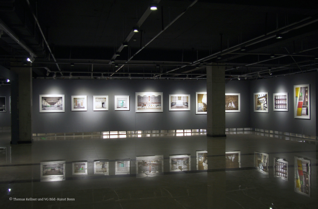 Joachim Hildebrand (Germany) at the exhibition Transition, Third Term International Photography Festival Liaoning in Beizhen, curated by Thomas Kellner