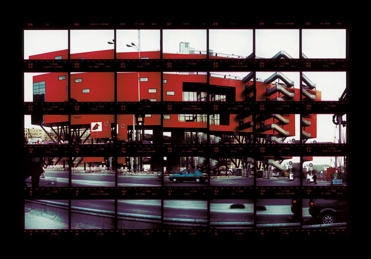 "04#06 Berlin, Red Box 1998, C-Print, 26,8 x 17,6 cm / 10,5"" x 6,9"", edition 10+3"